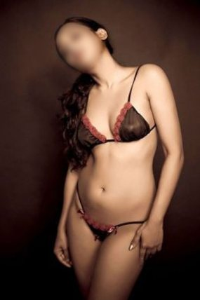Air Hostess Escorts in Delhi